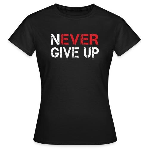 S000006 - Women's T-Shirt