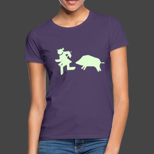 """""""Jägerin vs Bache""""-Jägerinnenshirt - Frauen T-Shirt"""