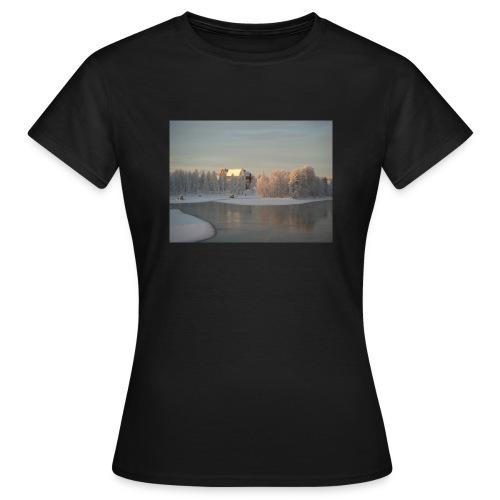 Talvinen Joensuu - Naisten t-paita