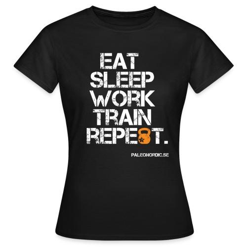 eat sleep work train repeet white - T-shirt dam