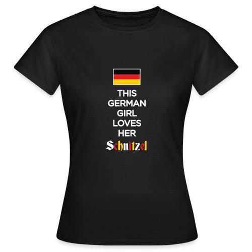 Girl loves her Schnitzel - Frauen T-Shirt