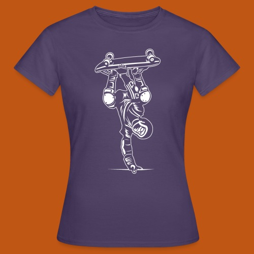 Skater / Skateboarder 02_weiß - Frauen T-Shirt