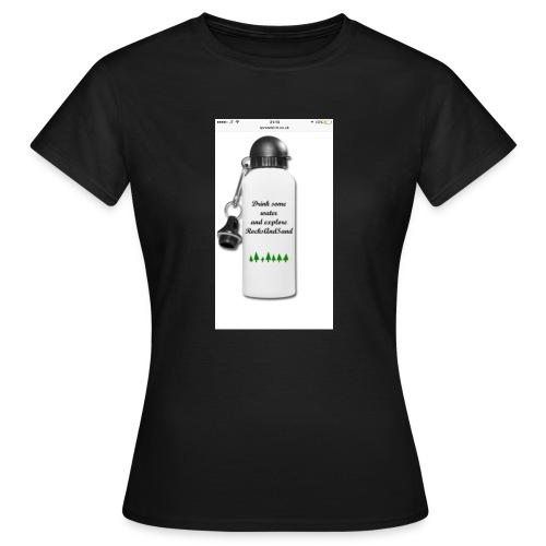 RocksAndSand adventure bottle - Women's T-Shirt