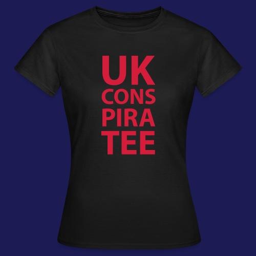 uk conspiratee 1c - Women's T-Shirt