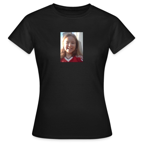 Aoife - Women's T-Shirt