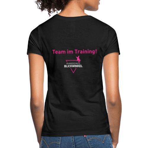 IM TRAINING - Frauen T-Shirt