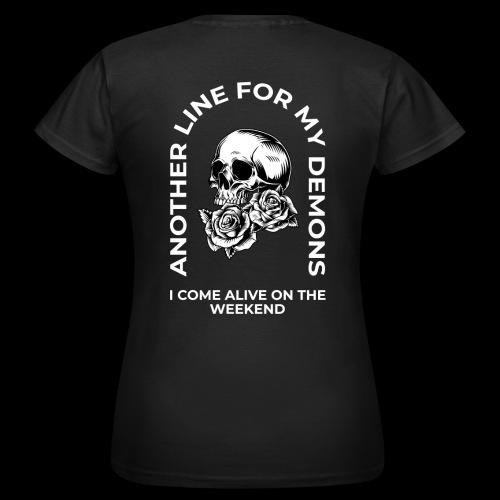 Skull & Roses Weekend - Women's T-Shirt