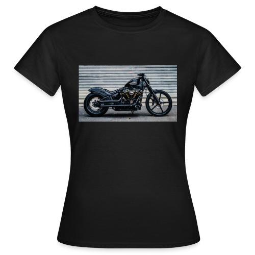90FA00AB D227 47D2 BBE2 FFEAA0D9E087 - Frauen T-Shirt