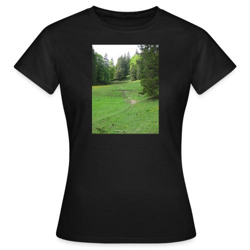 Grüne Landschaft - Frauen T-Shirt
