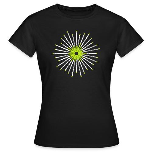 fancy_circle - Women's T-Shirt