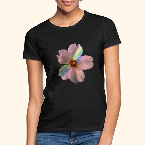 zauberhafte Blüte in coral, Regenbogen - Frauen T-Shirt