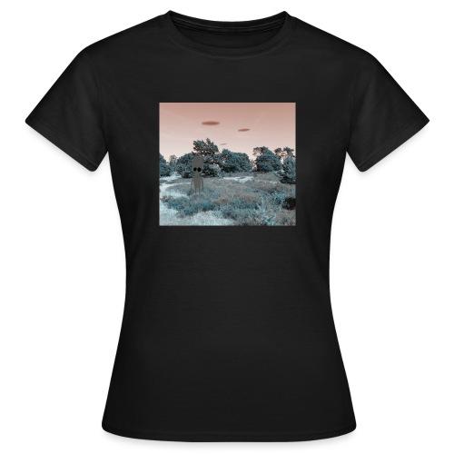 ufoooo - Vrouwen T-shirt