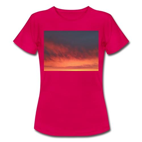 Screenshot 20200319 134236 Photos - T-skjorte for kvinner