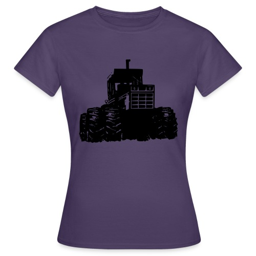 IH 4WD Tractor - Women's T-Shirt