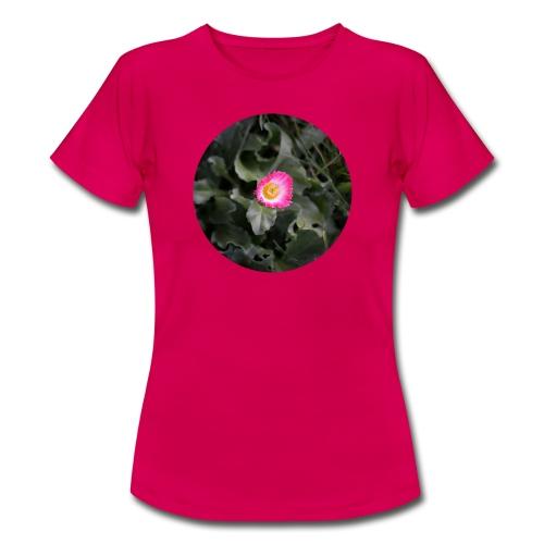 Makroblume - Frauen T-Shirt