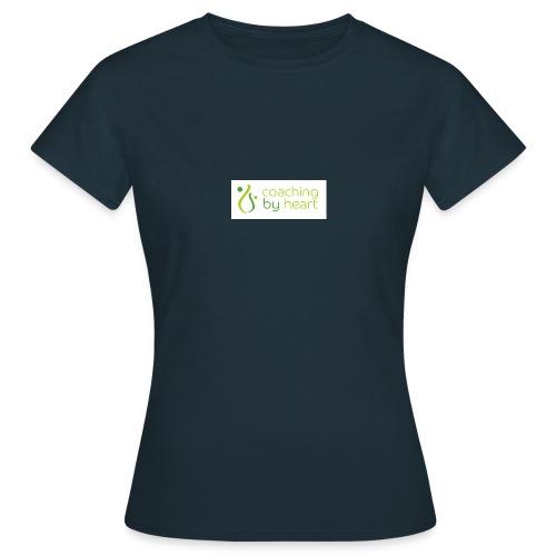 CBH logo coaching by heart tekst - T-skjorte for kvinner