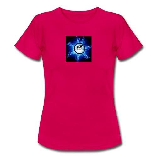 pp - Women's T-Shirt