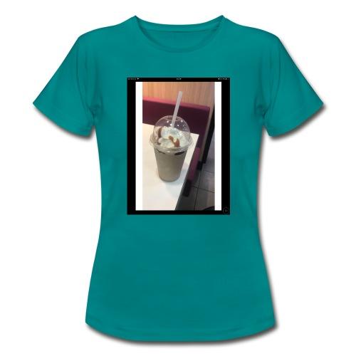 AFFCF5C5 02E1 4145 B49C 531FE6DA7153 - Women's T-Shirt