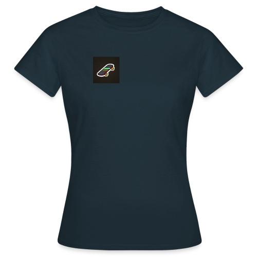 DBK - T-skjorte for kvinner