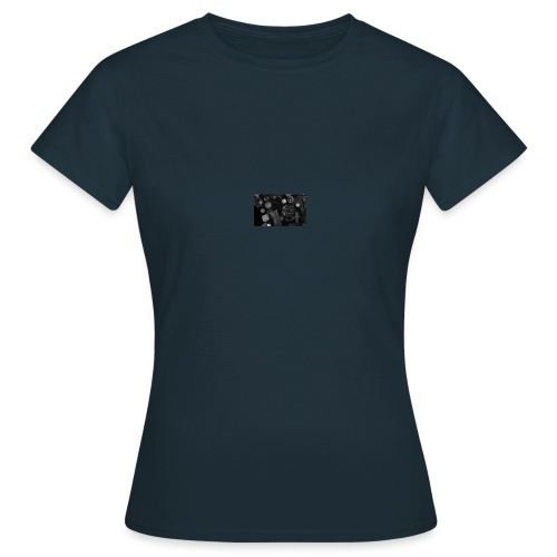 witch - Women's T-Shirt