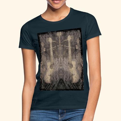 Mirrored Guitars - Frauen T-Shirt