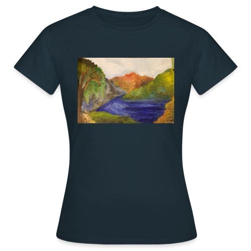 flo 1 - Women's T-Shirt