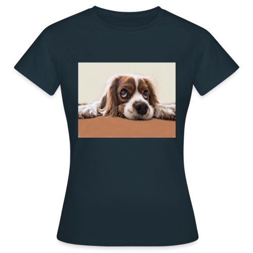 Der Hund - Frauen T-Shirt