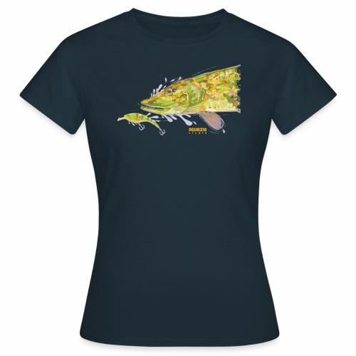 Camo Pike - Women's T-Shirt