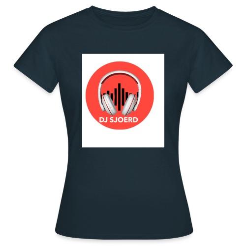 Logo van DJ Sjoerd - Vrouwen T-shirt