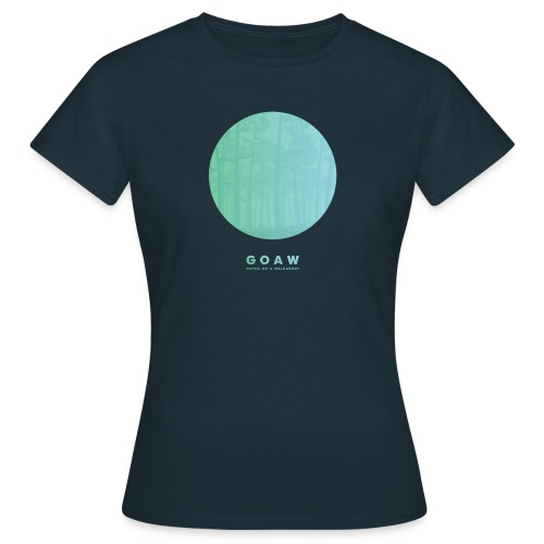 Trees in a circle - Women's T-Shirt