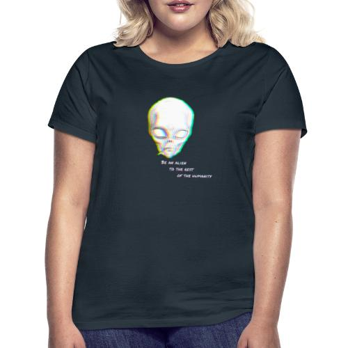 Alien to the world - Camiseta mujer