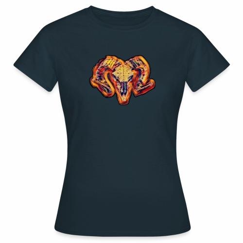 bull on fire medio - Camiseta mujer