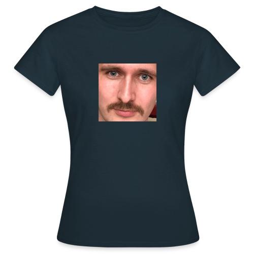 fistejB - Allan Oil Company Merch - T-skjorte for kvinner