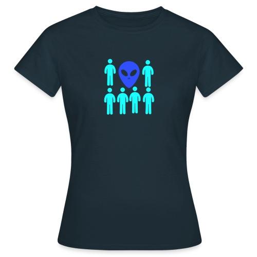 Extraterestre y Humano - Camiseta mujer