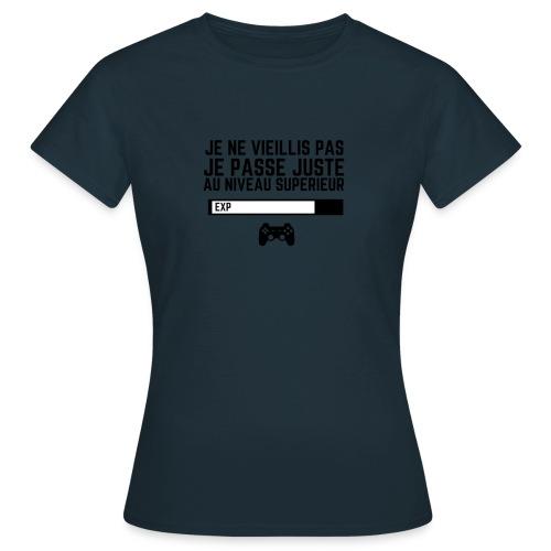 JE NE VIEILLIS PAS - PUNCHLINE - T-shirt Femme