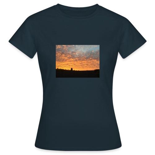 Himmel - T-skjorte for kvinner