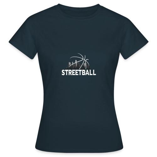 Streetball Skyline - Street basketball - Women's T-Shirt