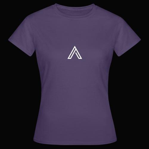 Official LYNATHENIX - Women's T-Shirt
