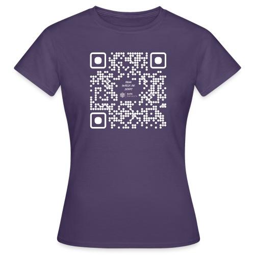 QR The New Internet Should not Be Blockchain Based W - Women's T-Shirt