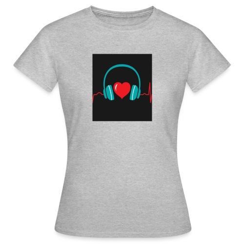 Victoria Sowinska - Women's T-Shirt