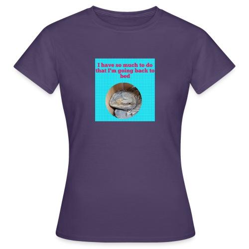 The sleeping dragon - Women's T-Shirt