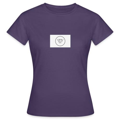 Desighner - Women's T-Shirt