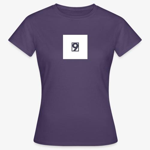 9 Clothing T SHIRT Logo - Women's T-Shirt