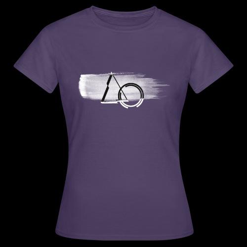 Large shape Paint - Women's T-Shirt