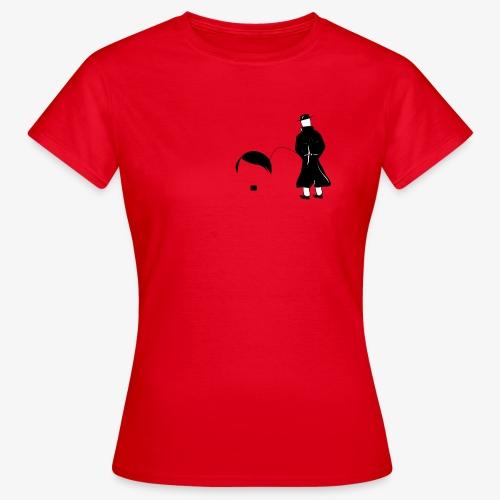 Pissing Man against Nazis - Frauen T-Shirt