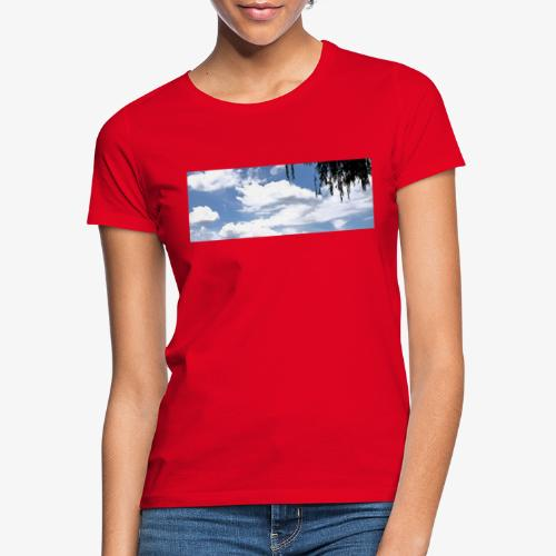 Wolkenlandschaft - Frauen T-Shirt