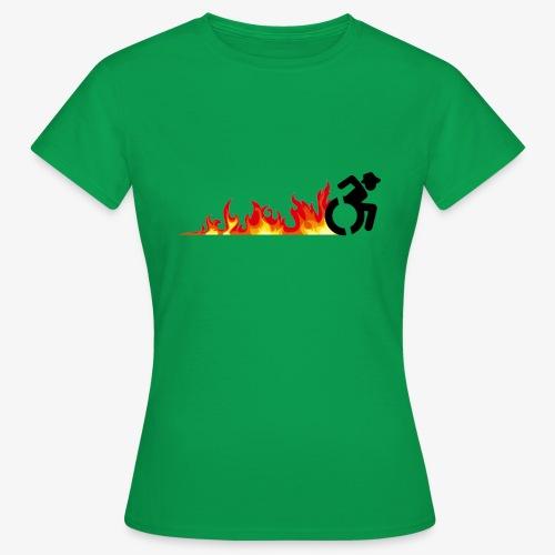 Snelle rolstoel gebruiker, vuur banden, roller 002 - Vrouwen T-shirt