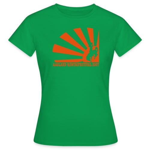 akf07 tv2 - T-skjorte for kvinner