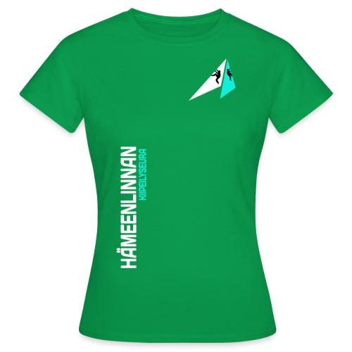HKS LOGO pystyteksti tummalle pohjalle - Naisten t-paita