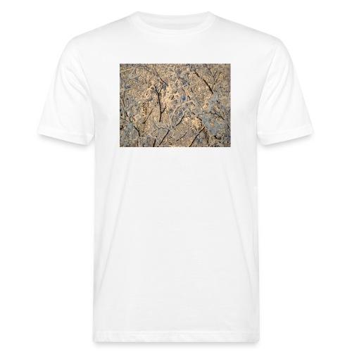 Aurinko pilkistää oksien ja lumen läpi - Miesten luonnonmukainen t-paita